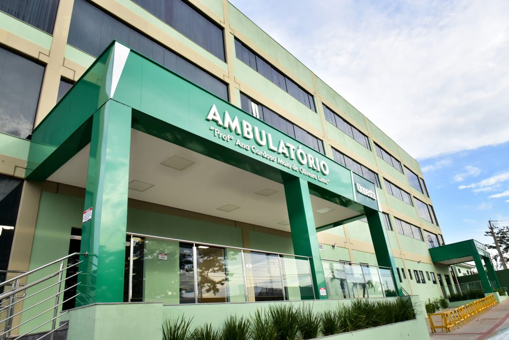 Faculdade de Medicina-fachada do ambulatório médico da Unoeste Prudente