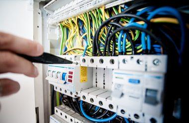 Conheça o mercado e o curso de Engenharia Eletrônica